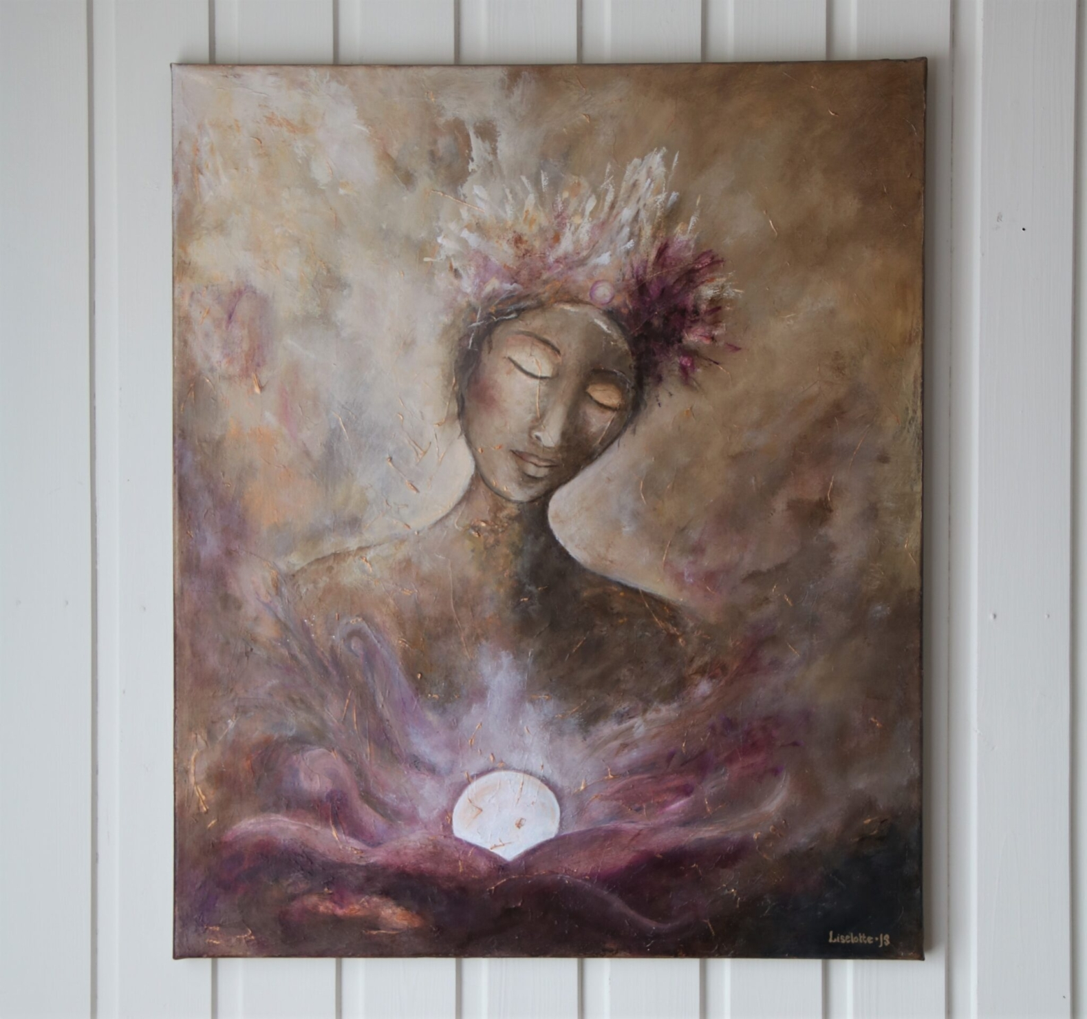 """""""THE PEARL KEEPER"""". Original acrylic artwork by Liselotte JS  The Pearl Keeper is dedicated to taking care of the white pearl and its energy in front of her. She is deeply anchored in herself and listens humbly to its wisdom and secrets. The feminine in the painting is conscious about the essence of life and the new beginnings that are about to shine through. She is both the guardian and a participant of the process at the same time.  INFORMATION Size: 65 x 55 cm, deep 22 mm. Canvas: Painted with acryl on the highest quality of 100 % linen, stretched on the back on wooden frames. Painted edges and varnished surface for protection of the color.  Shipping: The painting is located in Västervik/Sweden, but can be shipped worldwide, with costs added upon the price. Delivery time depends on destination, but about 2-4 weeks. The painting is delivered with a certificate of authenticity as proof of the original artwork.  Price: 4700 SEK (445 €)  Contact: liselotte@sunoya.com"""